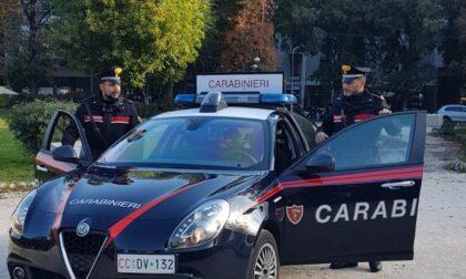 In preda ai fumi dell'alcol aggredisce prima la moglie e poi i carabinieri