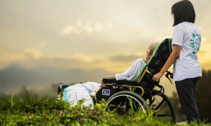 Fondi a sostegno dei caregiver: cosa sono e come richiederli
