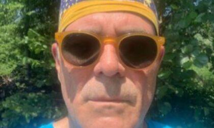 """Il selfie di Zangrillo all'aperto senza mascherina: """"Modalità per persone assennate"""""""