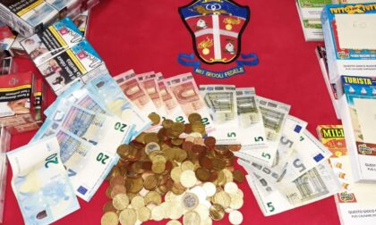 Maxi furto in tabaccheria: via con 250 stecche di sigarette e 40 pacchetti di gratta e vinci
