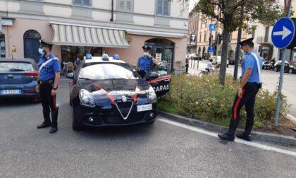 Derubati mentre rincasano a piedi: due rapine nel giro di poche ore tra Crema e Cremona