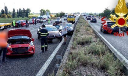 Schianto in autostrada tra quattro vetture, 7 persone soccorse sulla A1