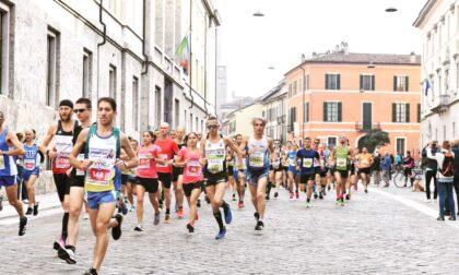 Domenica si corre la Mezza Maratona di Cremona, le modifiche alla circolazione