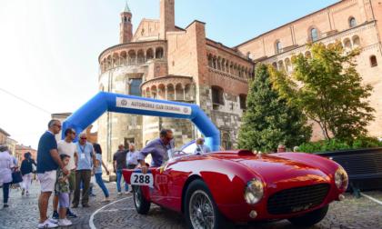 """""""Ruote nella Storia"""", a Cremona auto d'epoca e turismo"""